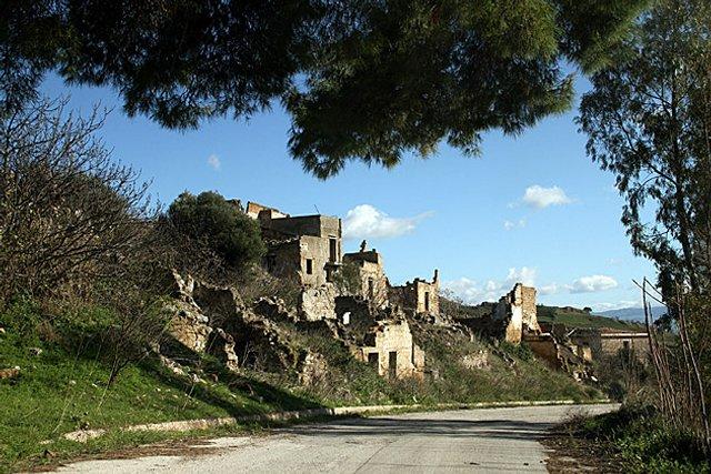 Джибелина - разрушенный город