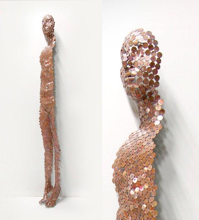 Скульптура из монет