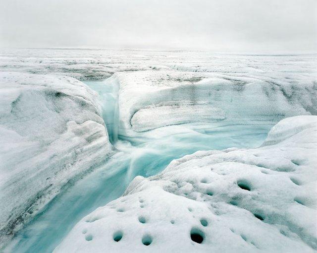 Реки среди льда