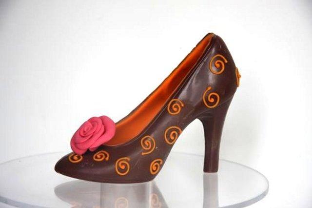 Шоколадная обувь